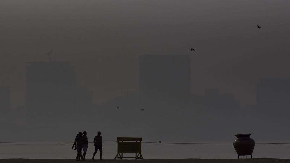 Smog seen at Girgaum Chowpatty in Mumbai, on Thursday, November 21, 2019.