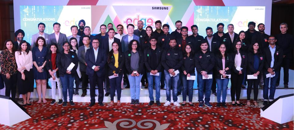 As many as 1,291 teams representing 20 leading institutes of the country had participated in the contest.