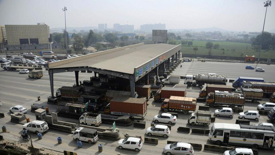 As per the directions of the ministry of road transport and highways, all vehicles crossing the toll plaza will have to pay toll through FASTags, which refer to radio frequency identification (RFID) tags.