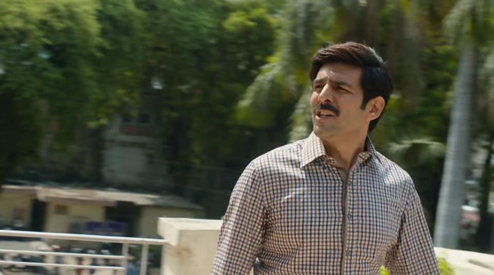 In Pati Patni Aur Woh, Kartik Aaryan plays a man juggling an affair outside of marriage.