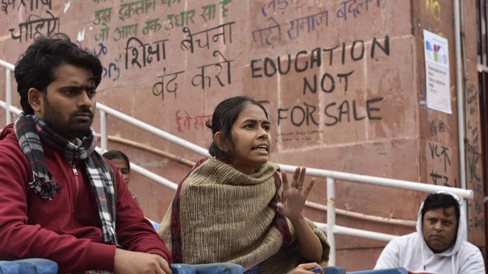 JNU President Aishe Ghosh addresses the media during a press conference in the presence of other JNU students, at JNU Freedom Square, JNU Campus on November 28, 2019.