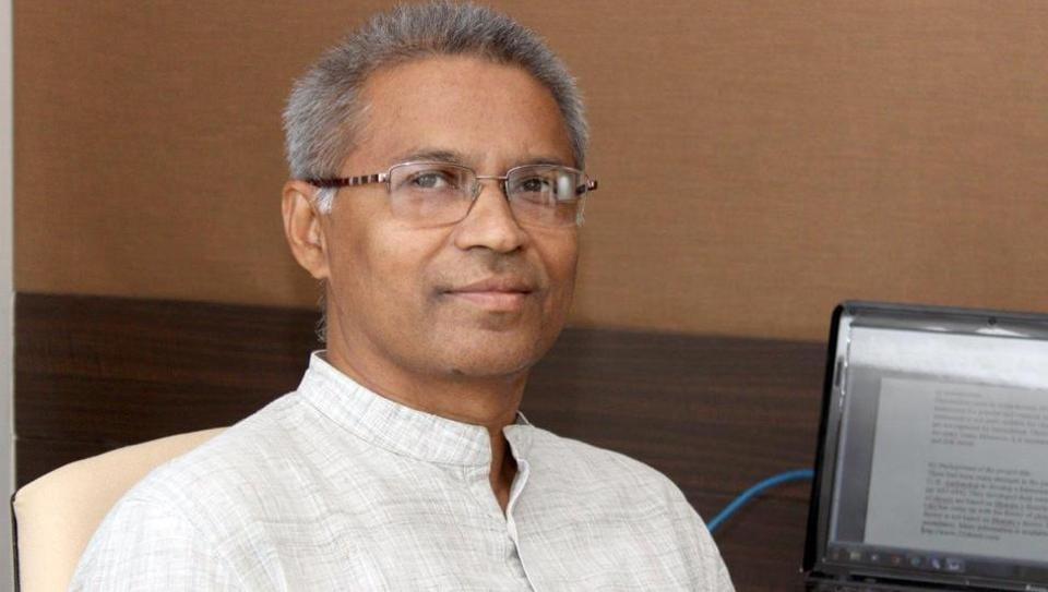 Professor Vinod Vidwans has developed a software that generates computational Indian music using AI.