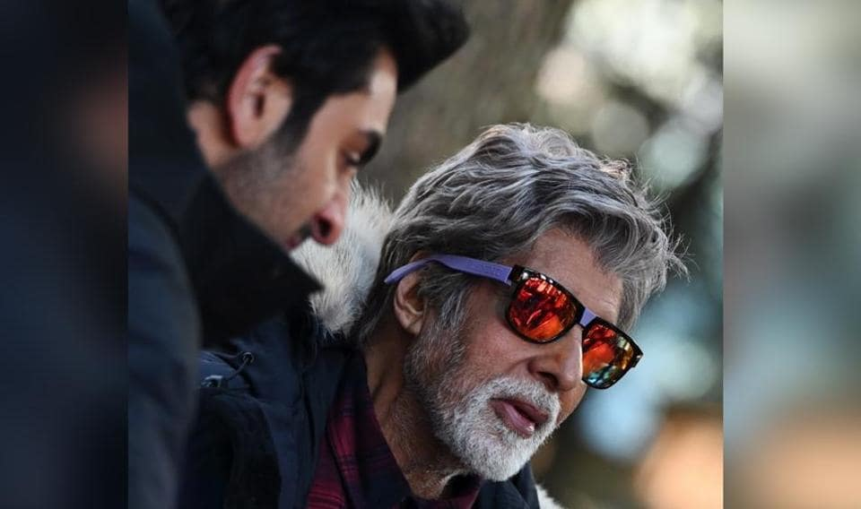 Amitabh Bachchan and Ranbir Kapoor are currently shooting for Brahmastra inManali.