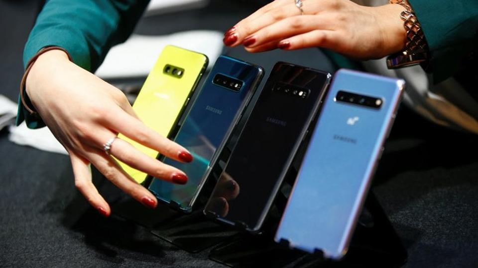 Samsung India's smartphone division contributed a major chunk to the overall revenues