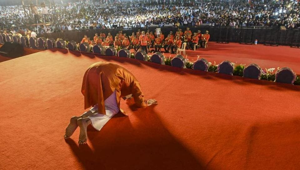Will Uddhav Thackeray be able to work in harmony with his new allies?