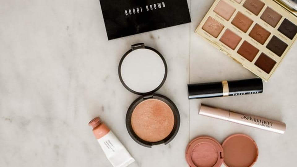 Several make-up products contain life-threatening superbugs, says study