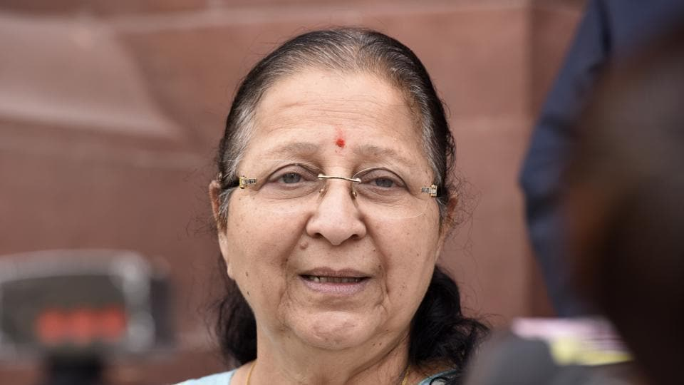 Sumitra Mahajan went on to claim she could not raise issues of public interest several times when her own party's government was in power in MP .