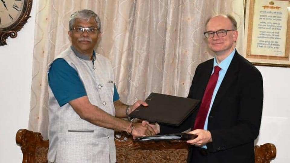SPPU vice-chancellor Prof Nitin Karmalkar (left) and Antti Suominen (vice-rector), University of Turku, signed the letter of intent.