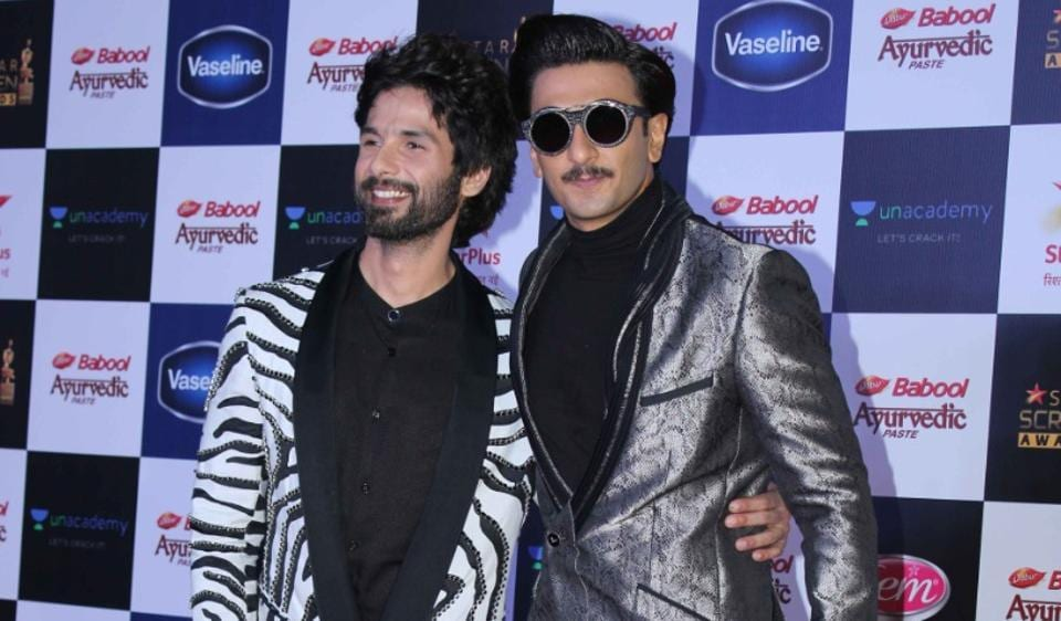Ranveer Singh greets Shahid Kapoor with a kiss, ends rumours of discord once and...