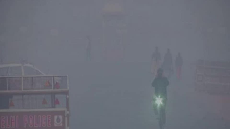 An IMDscientist said that from December 14,  Delhi's air quality will deteriorate again due to dense fog.
