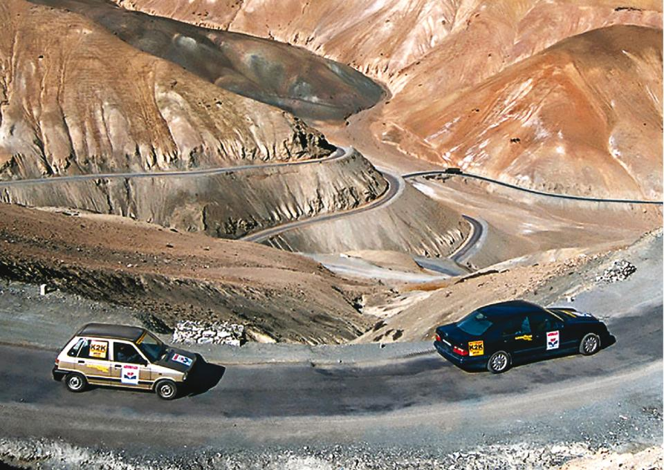 The K2K drive was flagged off from Kargil in a Maruti 800 and the uber-expensive Mercedes E240