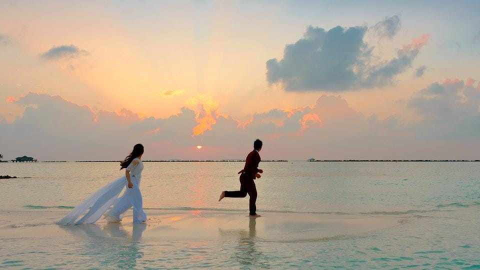Honeymoon Holiday Cover is a comprehensive plan that secures you against a range of incidents.