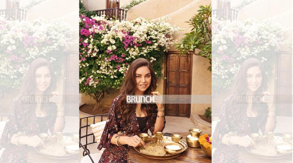 In Mihirgarh, Jodhpur, Sarah's learnt the technique of khad cooking; Styling by Shikha Dhandhia; Location courtesy: Mihirgarh, Jodhpur
