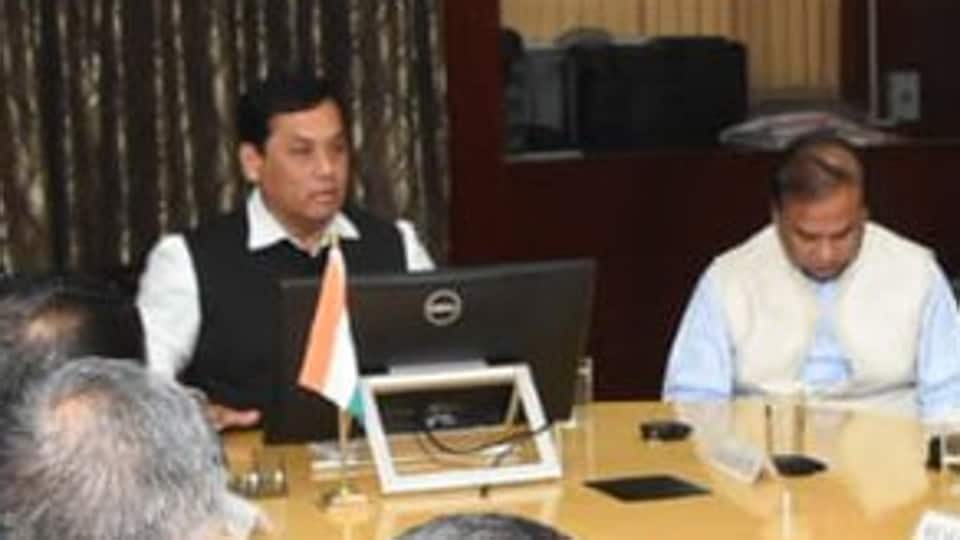 Chief minister Sarbananda Sonowal tweeted about the meeting with Cabinet ministers and others  to discuss 'present situation in Assam'.