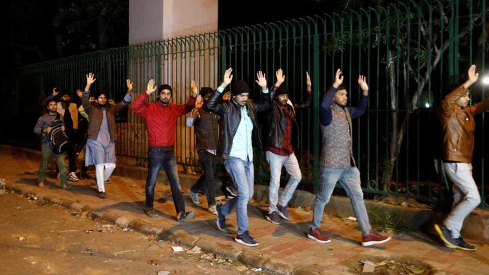 Students leaving Jamia Millia Islamia, New Delhi, December 15, 2019