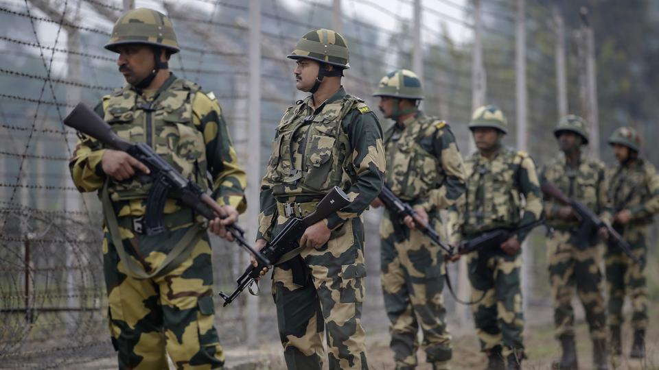 Border Security Force (BSF) patrol near the international border at Hiranagar sector in Jammu. Image used for representational purpose only.