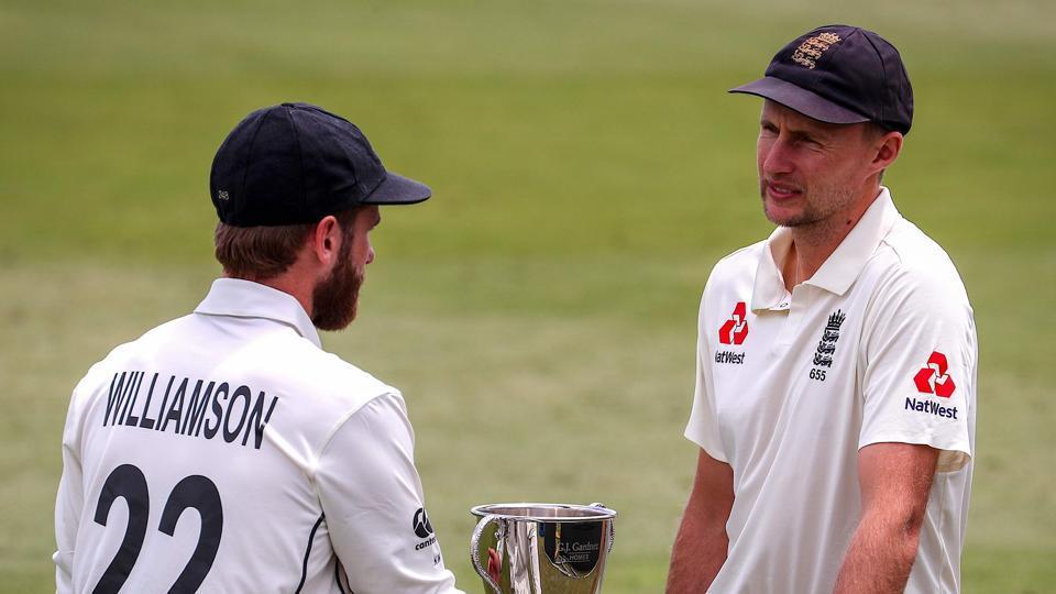 File image: England cricket team captain Joe Root (R) talks with New Zealand team captain Kane Williamson.