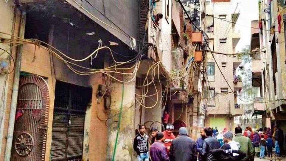 A repeat of Anaj Mandi-type fire tragedy was averted in east Delhi's Krishna Nagar .