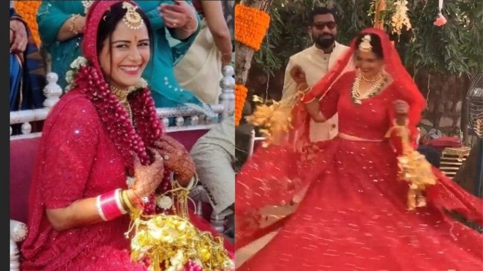 Mona Singh wore red for her wedding with investment banker, Shyam.