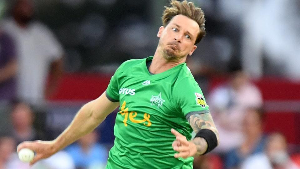 Dale Steyn of the Stars bowls during the Big Bash League match between the Melbourne Stars and the Adelaide Strikers at Metricon Stadium.
