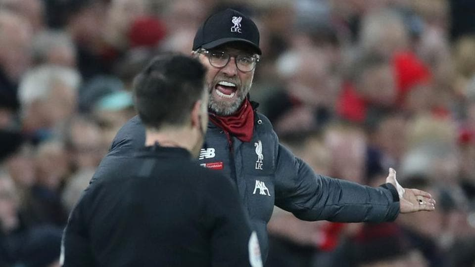 Liverpool manager Juergen Klopp appeals to the assistant referee