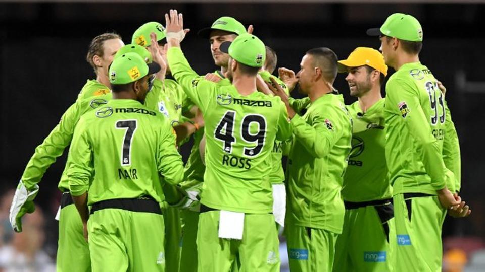 Adelaide Strikers vs Sydney Thunder Big Bash League highlights