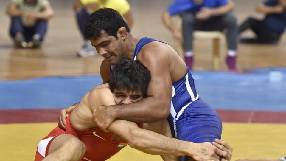 File image of wrestlers Jitender Kumar (red) and Sushil Kumar.
