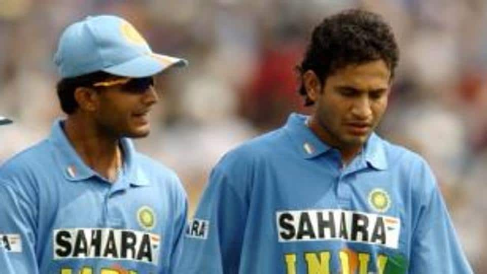 File image of former India captain Sourav Ganguly (L) with Irfan Pathan.
