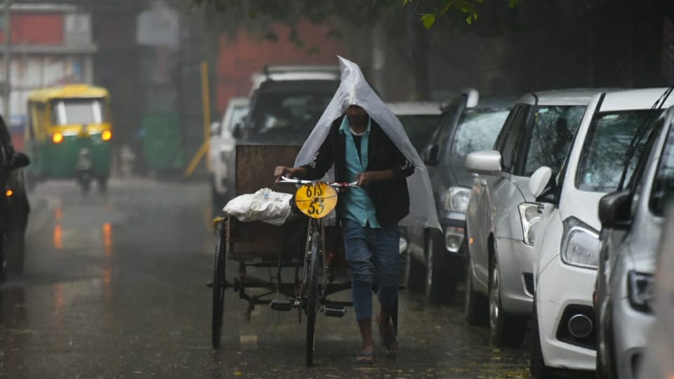 Delhi received rainfall on Wednesday morning leading to traffic jam at several junctions.