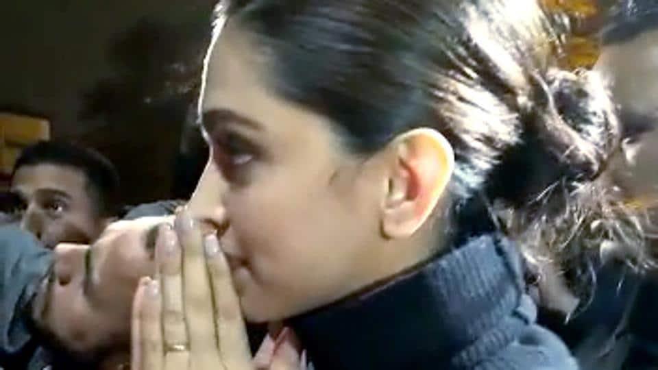 Deepika Padukone on JNU violence: 'Very angry at what is ...