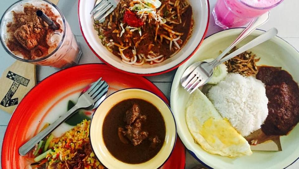 Malaysian food is famous all over the world.