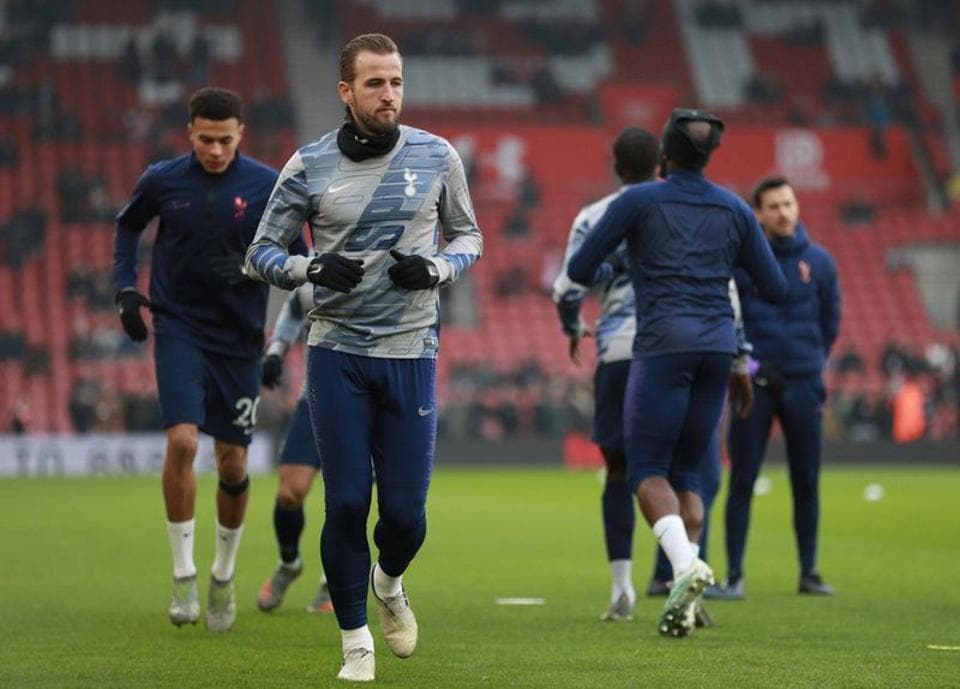 Tottenham Hotspur's Harry Kane during the warm up before the match.