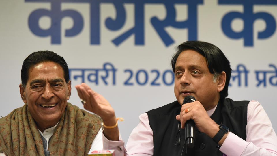 Image result for शशि थरूर vs kejriwal