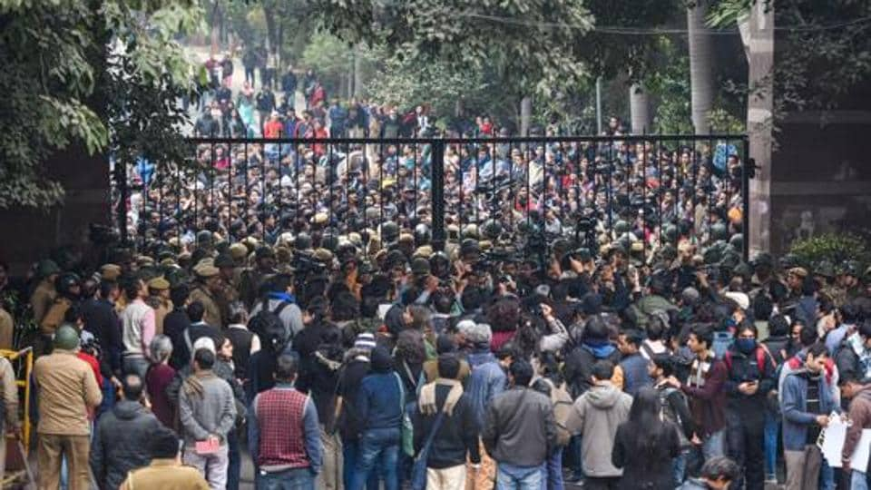 JNU VC appeals to students to return to campus for winter semester registration