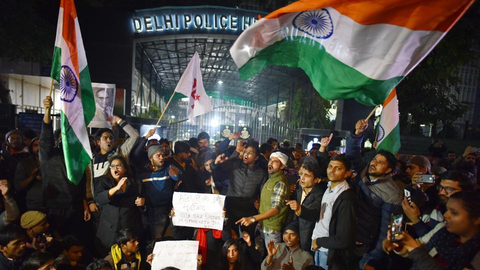 Jawaharlal Nehru University (JNU) students protest against the attack on students inside the university campus on Sunday, at Police Headquarters in New Delhi. On January 5, more than 30 students of the university, including JNU Students' Union president Aishe Ghosh, were injured and taken to the AIIMS Trauma Centre after a masked mob entered the campus and attacked them and professors with sticks and rods. (Sanchit Khanna / HT Photo)