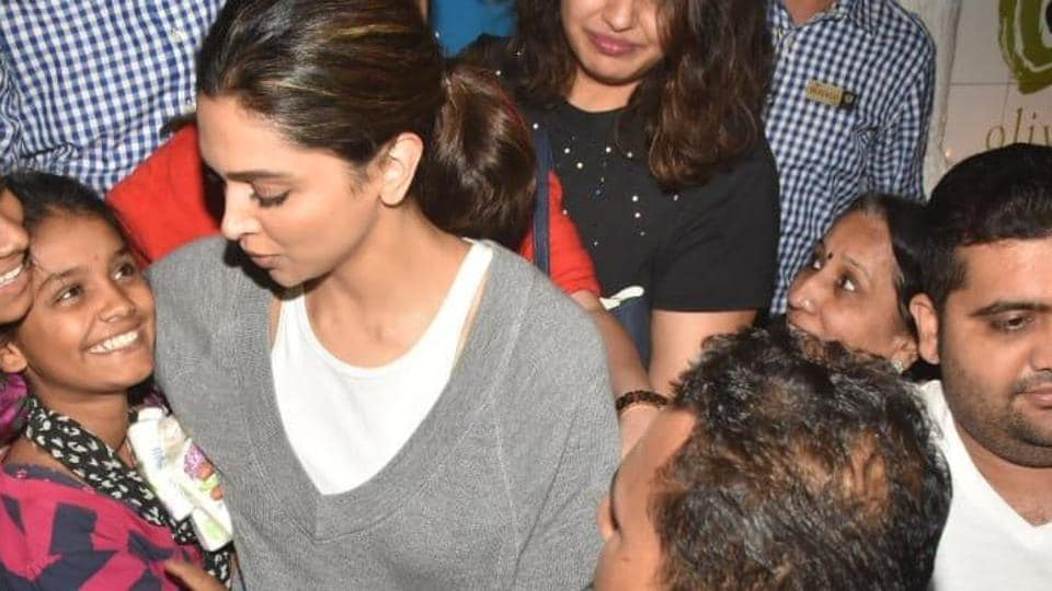 Deepika Padukone was as delighted as her fans when she met them outside a Mumbai eatery.