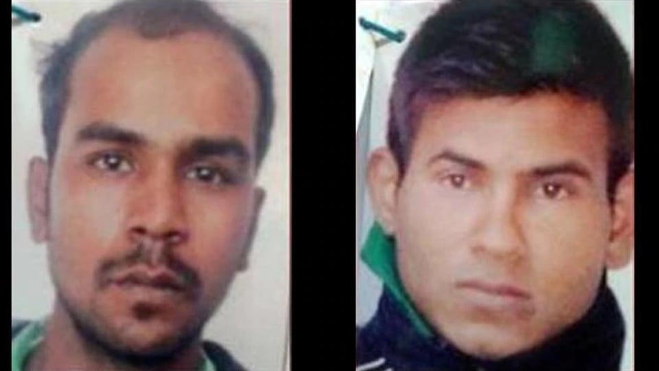 The curative petition was the last judicial recourse for the two, Vinay Sharma (26) and Mukesh Singh (L) (32).(HT file photo)