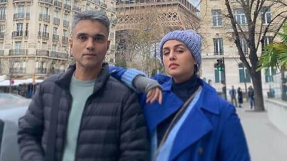 Of late, however, Huma has not been shying away from sharing photographs with Mudassar on Instagram.