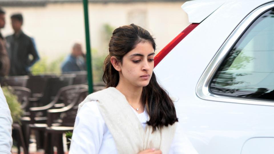 Navya Naveli Nanda at Ritu Nanda funeral at Lodhi Road Crematorium.