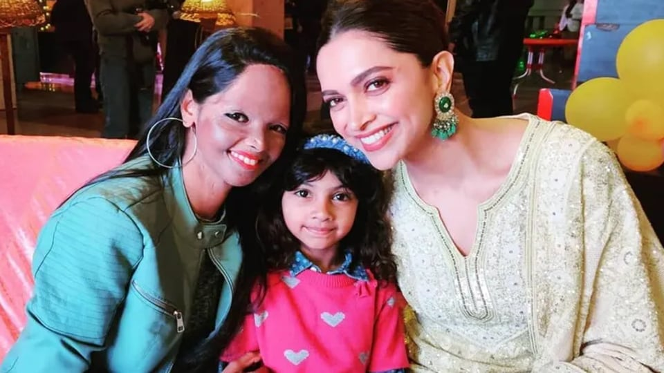 Deepika Padukone with Laxmi Agarwal and her daughter.