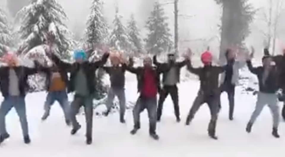 A group of men from Khalsa College performed some special dance moves in Solang Valley and now it's all over social media.