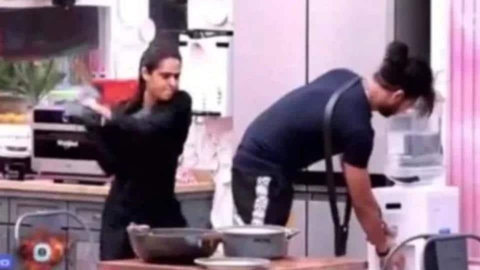 Bigg Boss 13: Days after hitting him with a slipper, Madhurima Tuli broke a pan hitting Vishal Aditya Singh with it.