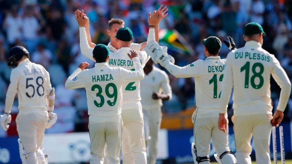 Follow highlights of South Africa vs England 3rd Test Day 1  from Port Elizabeth.