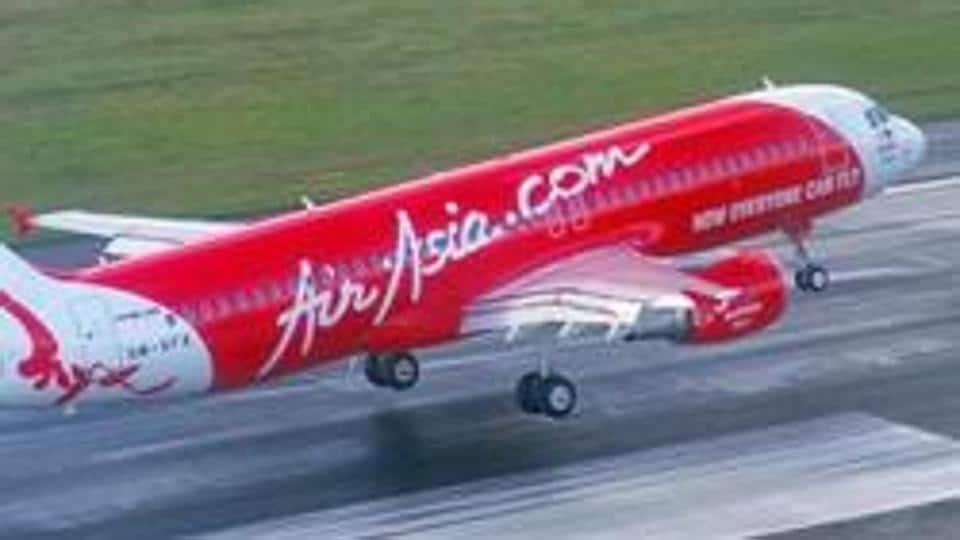 Aeroplane - Airport - Air Asia - airasia.com