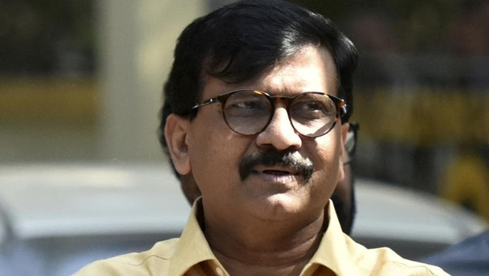 The border dispute between Maharashtra and Karnataka is likely to intensify with Shiv Sena leader and Member of Parliament Sanjay Raut announcing that he will travel to Belgaum on Saturday