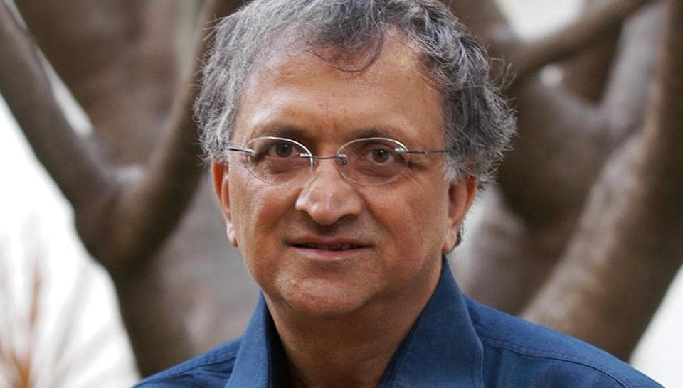 'Distorted, cherry-picked': Ramachandra Guha on Rahul Gandhi, PM Modi comments - india news - Hindustan Times