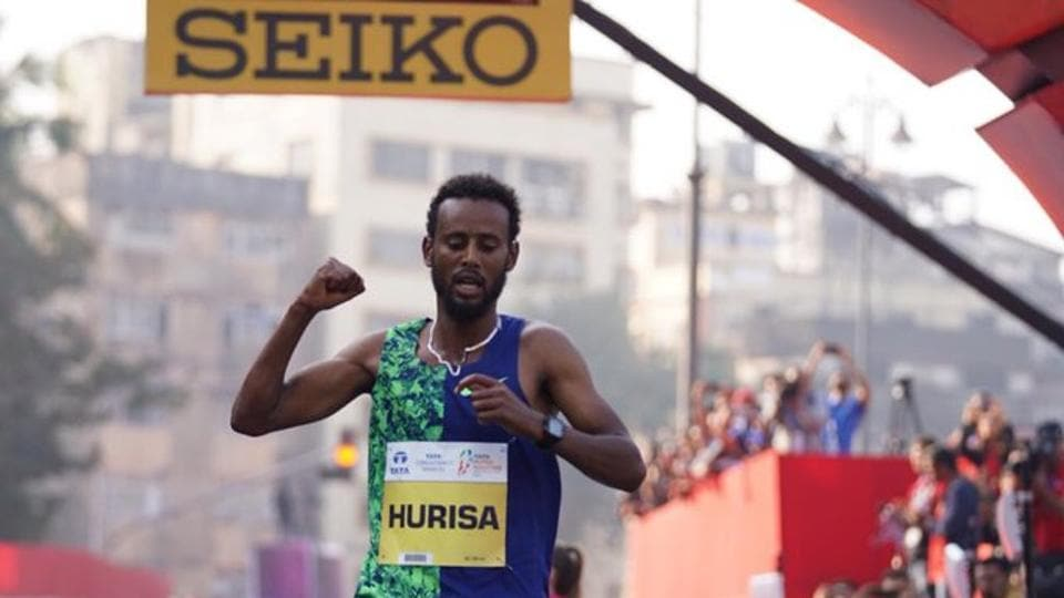 Ethiopia's Hurisa runs into record books on borrowed shoes - other sports - Hindustan Times