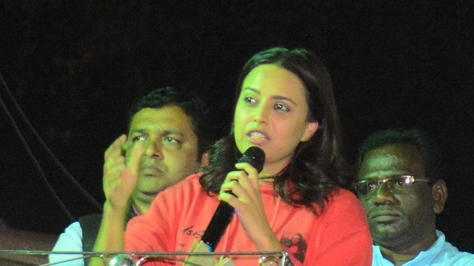 Swara Bhaskar, actor speaks during a public meeting against the Citizenship Amendment Act (CAA) and National Register of Citizenship (NRC), at Tadiwala road on Saturday.