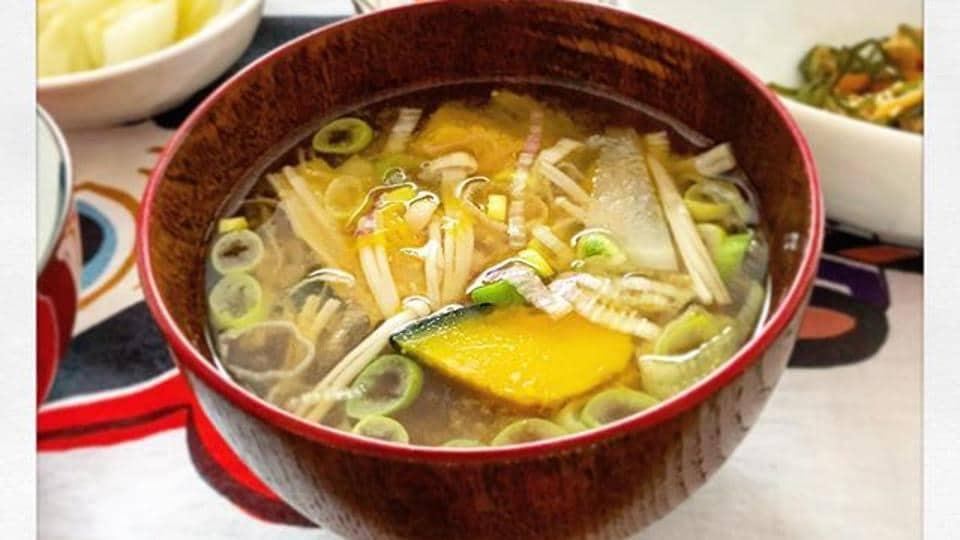 A bowl of miso soup.