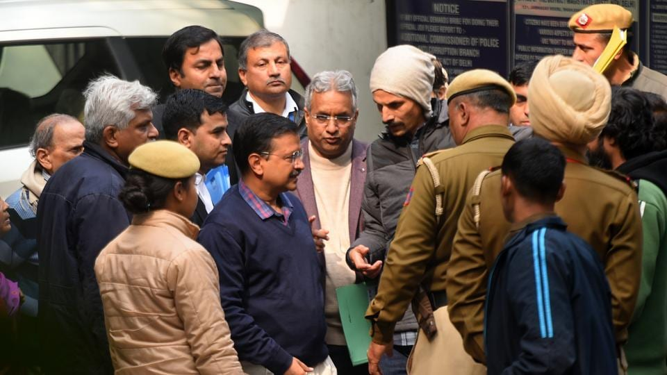 Delhi Chief Minister Arvind Kejriwal accompanied by his parents Gobind Ram Kejriwal and Geeta Devi arrives at Jamnagar House to file his nomination papers from the New Delhi constituency, for the forthcoming Assembly polls, in New Delhi.